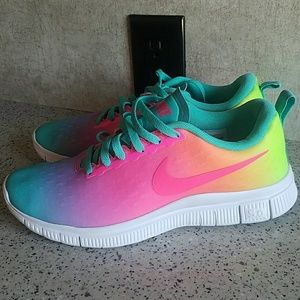 Nike 5.0 6Y or Fit Womens size 6.5-7